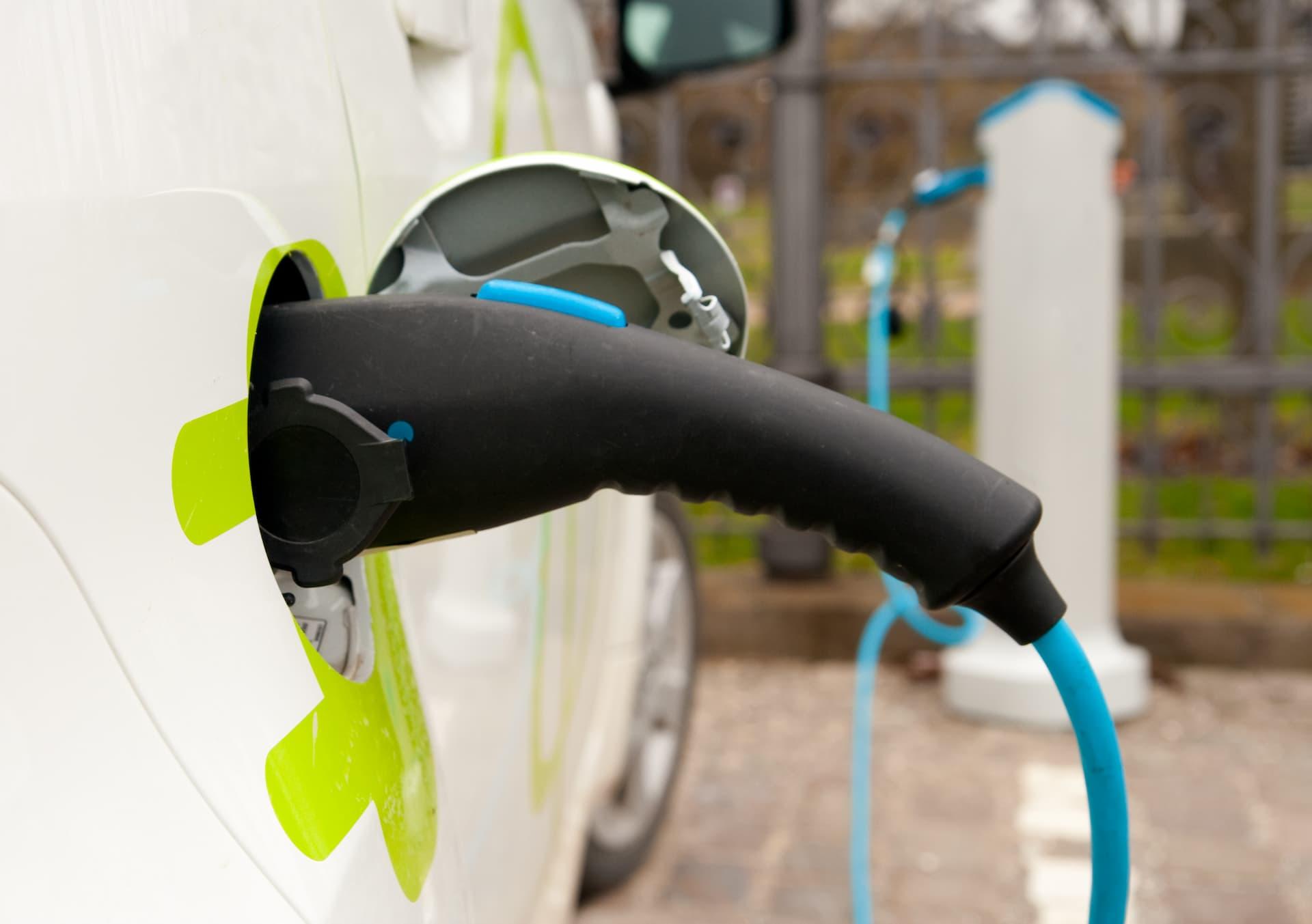 Comment bien choisir sa voiture électrique ?